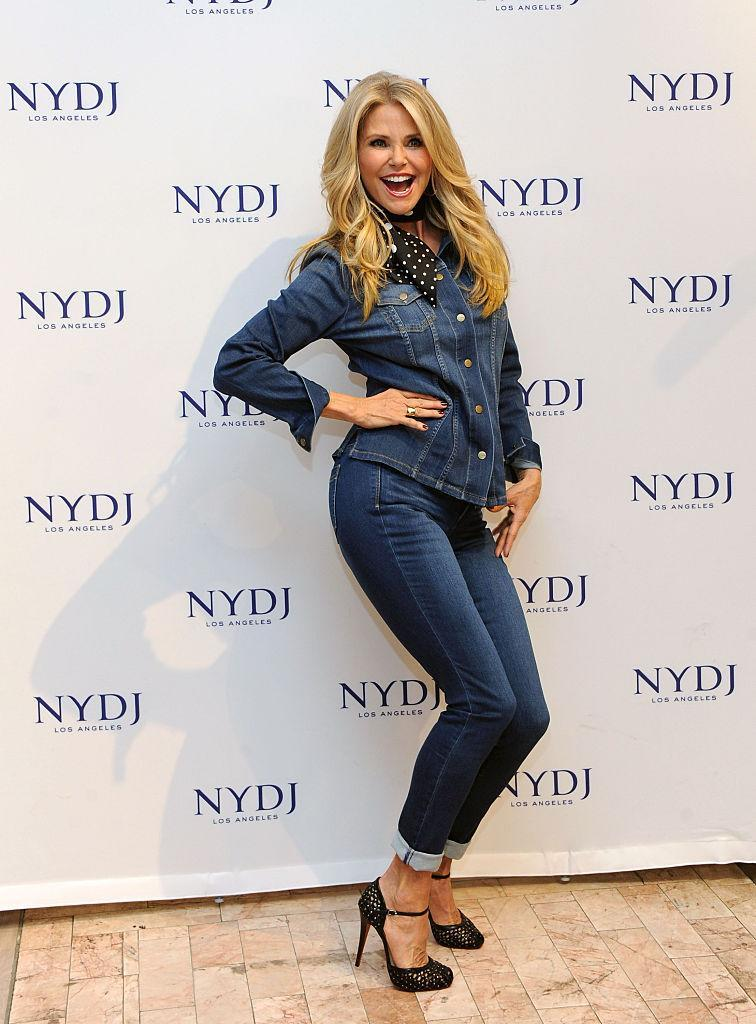 Someone needs to tell 62-year-old Christie Brinkley — pictured here in 2016— that she doesn't look devastatingly sexy in these skinny jeans. (Photo: Getty)