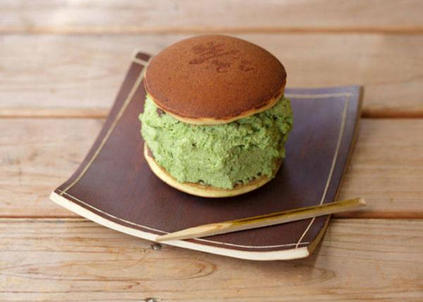 ▲Nama-dorayaki Matcha flavor 340 yen (tax included)