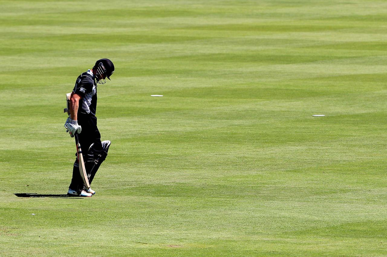 PAARL, SOUTH AFRICA - JANUARY 19: Kane Wiliamson of New Zealand walks off the field  during the 1st One Day International match between South Africa and New Zealand at Boland Park on January 19, 2013 in Paarl, South Africa.  (Photo by Carl Fourie/Gallo Images/Getty Images)