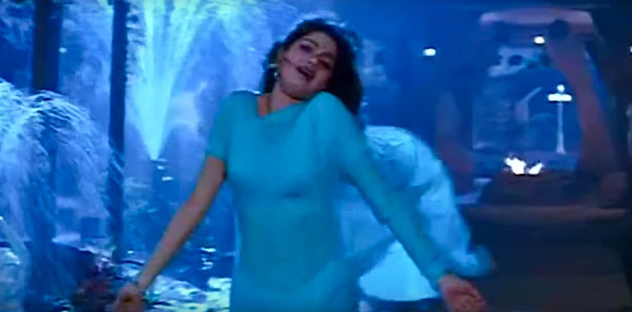 <p>There has been many songs that saw the maiden dancing in sarees, but the 'I love you' song from Mr. India saw the six yards assume a character of its own. Given that the hero remained invisible for the larger part of the song, Sridevi needed some company to accompany her in that moment of sensuality– the saree here successfully played its part. </p>