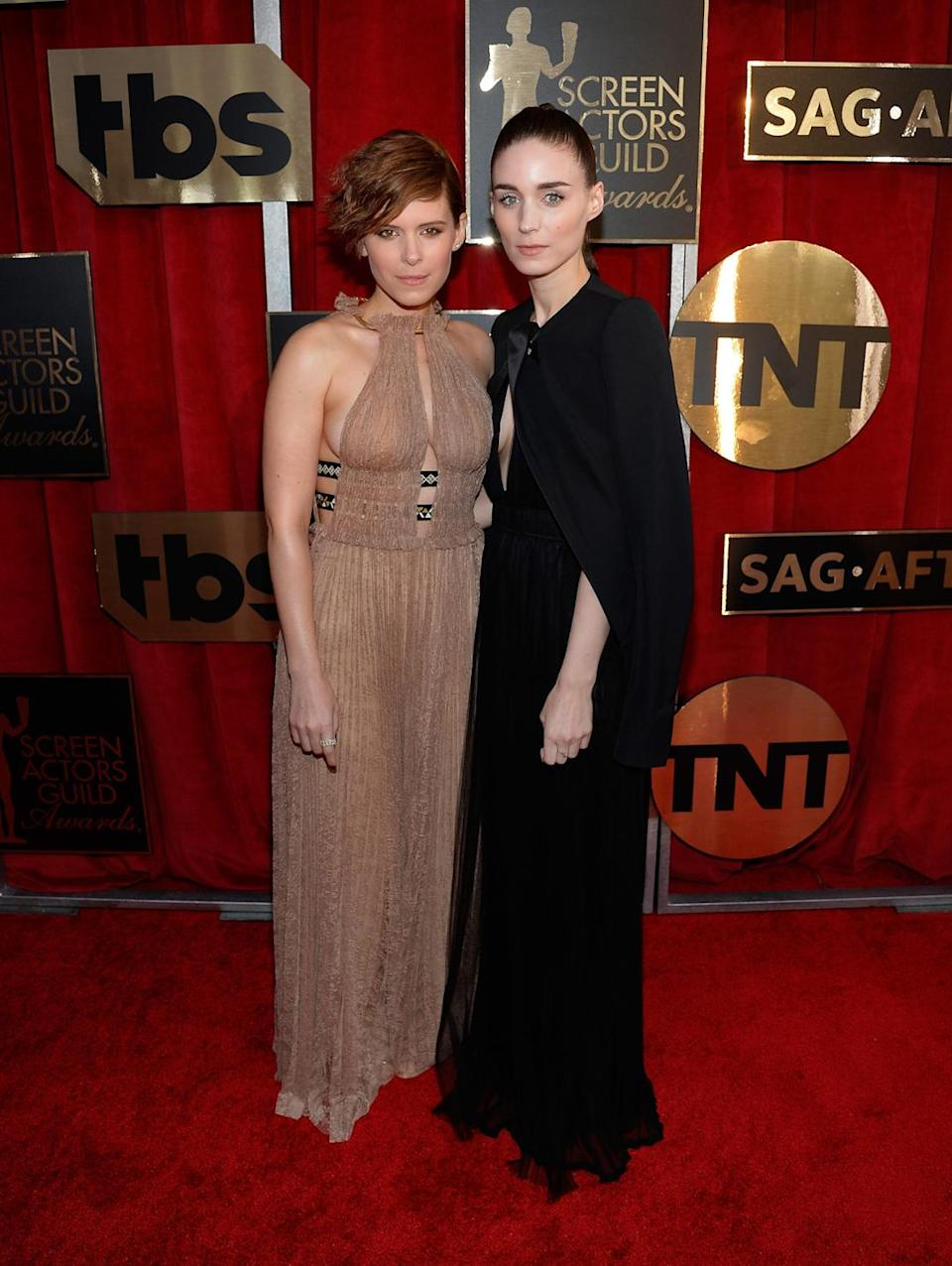 <p>Sisters Kate and Rooney Mara both coincidentally wore Valentino. The sisters who dress together, slay together! <i>Photo: Getty Images</i></p>