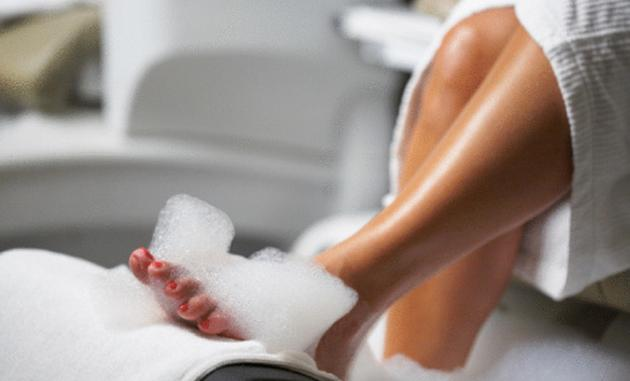 7 ways to pamper yourself during pregnancy