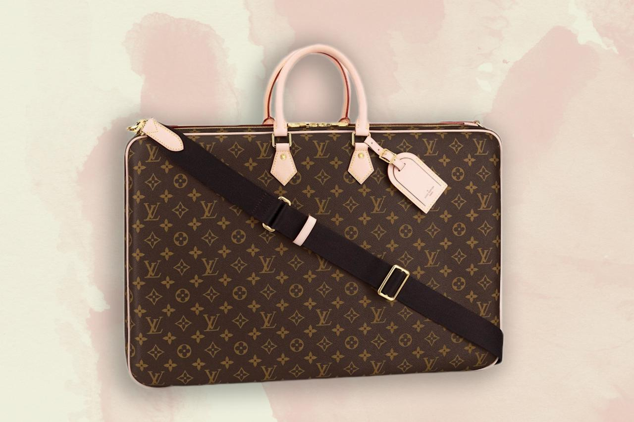 "<p>You'll know immediately if this is the right garment bag for you. This leather option comes with two internal <a href=""https://www.cntraveler.com/story/louis-vuitton-just-launched-a-range-of-super-versatile-duffels?mbid=synd_yahoo_rss"">Louis Vuitton</a> hangers, an extremely lush shoulder strap, and a Louis name tag—perhaps unnecessary, as this bag screams ""You know who I am.""</p> <p><strong>Buy Now:</strong> $2,450, <a href=""https://fave.co/2Np4EaN"" rel=""nofollow"" target=""_blank"">us.louisvuitton.com</a></p>"