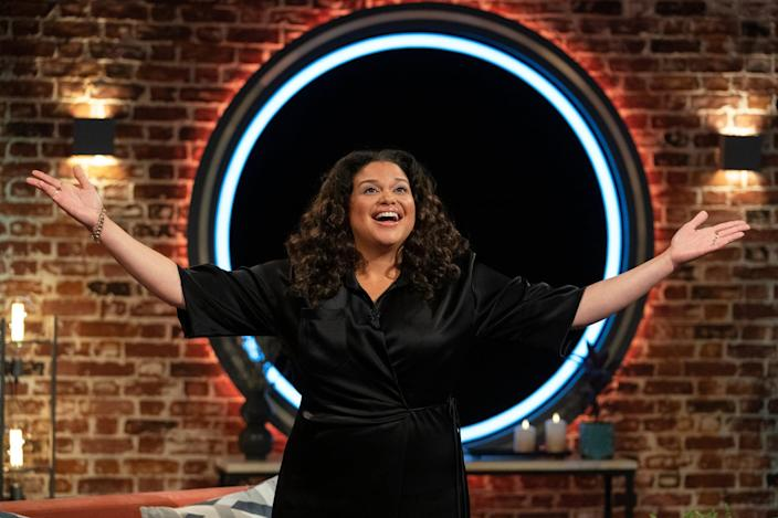 """<p>&gt;Who's lying about who they say they are? Who's feeling genuine and who's just trying to win $100,000? The audience knows, but the players of <strong>The Circle </strong>have to try to figure it out from the privacy of their own hotel rooms, as they message other players, play game, and fight for that influencer status in this addicting reality show and social media competition.</p> <p><a href=""""https://www.netflix.com/title/81044551"""" class=""""link rapid-noclick-resp"""" rel=""""nofollow noopener"""" target=""""_blank"""" data-ylk=""""slk:Watch The Circle on Netflix"""">Watch <strong>The Circle</strong> on Netflix</a>.</p>"""