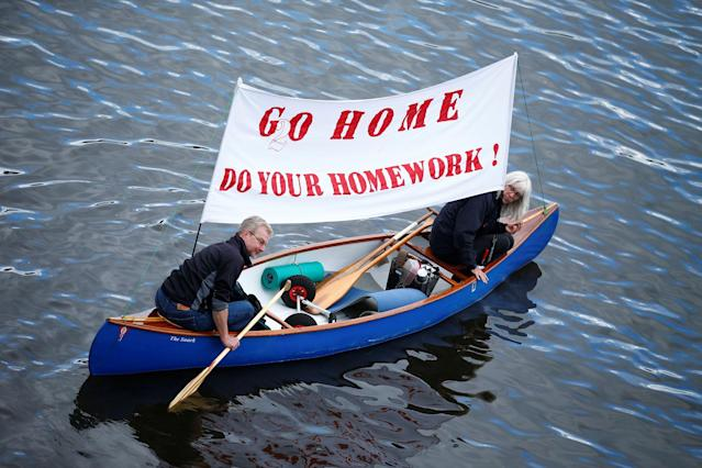 <p>People in boats take part in protests ahead of the upcoming G20 summit in Hamburg, Germany July 2, 2017. (Hannibal Hanschke/Reuters) </p>