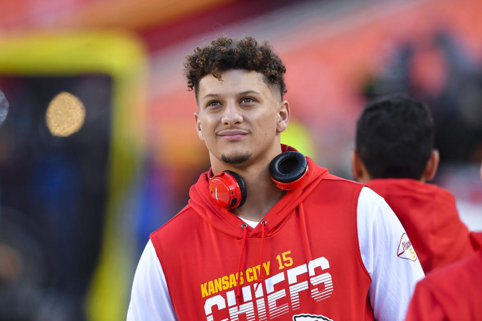Chiefs QB Patrick Mahomes won't play in Week 9, but it's possible he could return in Week 10. (Rich Sugg/Kansas City Star/Tribune News Service via Getty Images)
