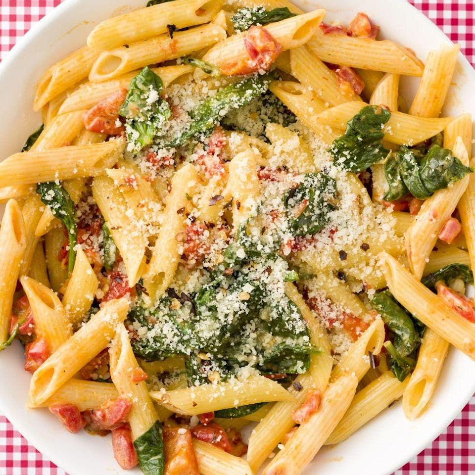 """<p>With a super-light cream sauce, this spinach and roasted red pepper penne is addictive.</p><p>Get the <a href=""""https://www.delish.com/uk/cooking/recipes/a33990117/creamy-roasted-red-pepper-penne-recipe/"""" rel=""""nofollow noopener"""" target=""""_blank"""" data-ylk=""""slk:Creamy Roasted Red Pepper Penne"""" class=""""link rapid-noclick-resp"""">Creamy Roasted Red Pepper Penne</a> recipe.</p>"""