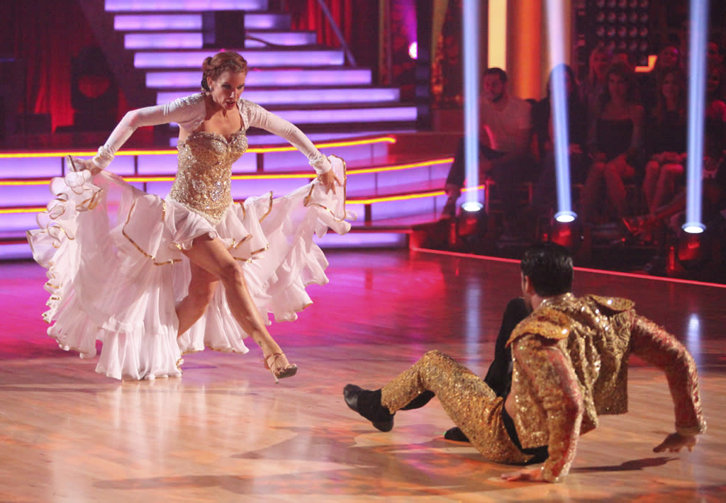 "<p class=""MsoNormal""><span style=""font-size:10.0pt;"">""Little House on the Prairie"" alum Melissa Gilbert portrayed a bedazzled bull taunting her matador -- played by pro partner Maksim Chmerkovskiy -- as they paso dobled their way to a 22 in Week 4.</span></p>"