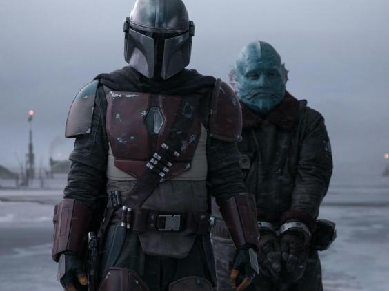 The Mandalorian collects a bounty in the Disney+ series' opening episode (LucasFilm/Disney+)