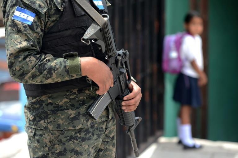 Military stand guard at Maximiliano Sagastume school on March 17, 2017