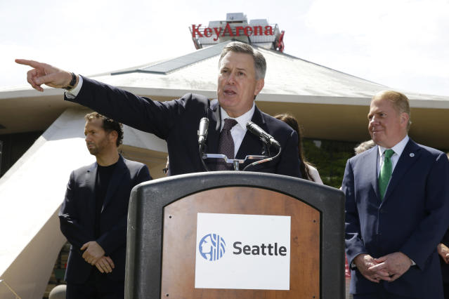 Tim Leiweke points the NBA in the direction of Seattle. (AP)