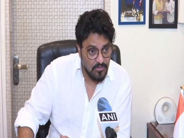Union Minister and BJP leader Babul Supriyo speaking to ANI. Photo/ANI