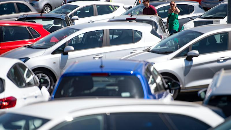 Demand for new cars falls by around 5% in August