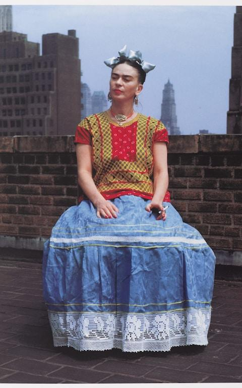 Frida in New York, 1946 by Nickolas Muray - Credit: © Nickolas Muray Photo Archive. (Photo: Brooklyn Museum)