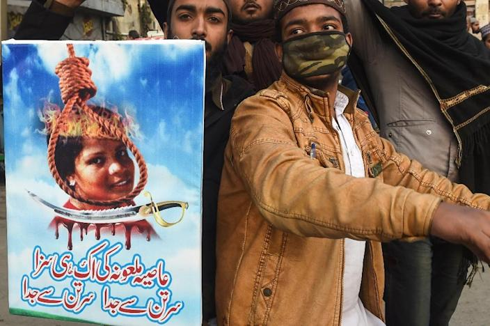 Hardline Islamists have held massive violent protests calling for Asia Bibi to be executed (AFP Photo/ARIF ALI)