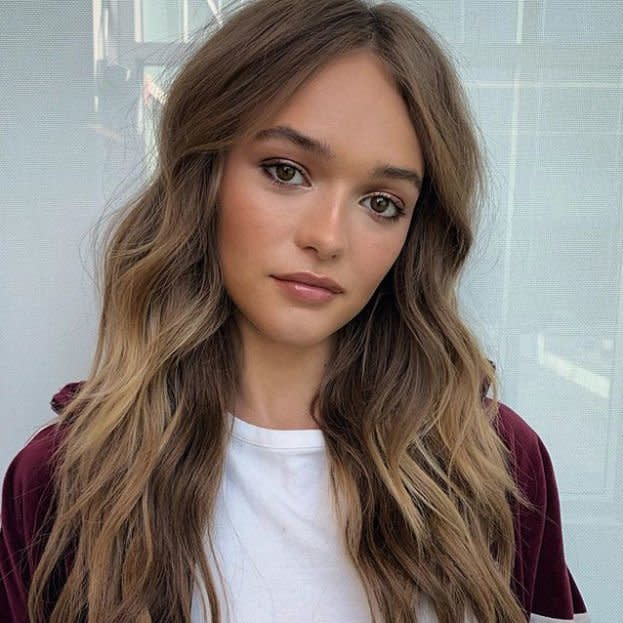 <p>We're loving this in-between brown for fall—it's not full-on dark cocoa brown but not caramel, either. Let those leftover summer highlights from the sun fade into the rich chocolate color. </p>