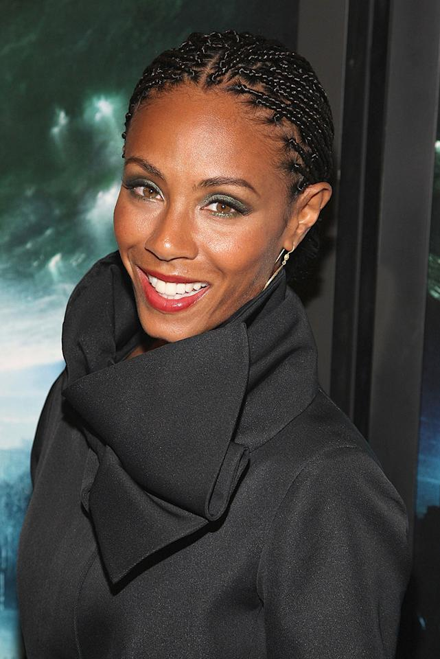 """<a href=""""http://movies.yahoo.com/movie/contributor/1800347522"""">Jada Pinkett Smith</a> at the New York premiere of <a href=""""http://movies.yahoo.com/movie/1809966785/info"""">The Day the Earth Stood Still</a> - 12/09/2008"""
