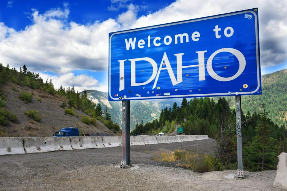 Welcome to Idaho sign on Interstate 90.
