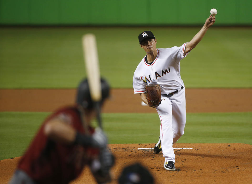 Miami Marlins' Wei-Yin Chen, of Taiwan, delivers a pitch to Arizona Diamondbacks' Nick Ahmed during the first inning of a baseball game Wednesday, June 27, 2018, in Miami. (AP Photo/Wilfredo Lee)