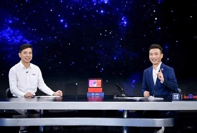 Robin Li and Hui Kang discussing household subjects with AI voice assistant Xiaodu during Baidu World 2020