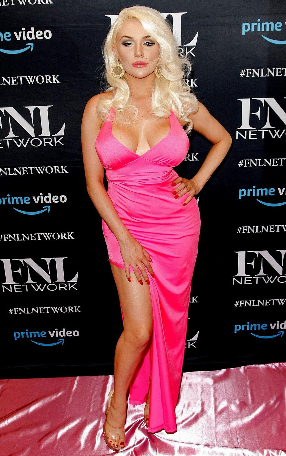 Courtney Stodden Comes Out As Non Binary My Spirit Is Fluid