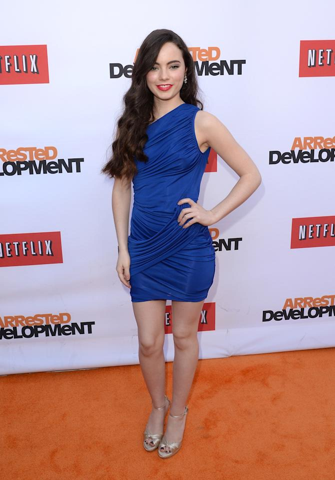"HOLLYWOOD, CA - APRIL 29:  Actress Freya Tingley arrives at the TCL Chinese Theatre for the premiere of Netflix's ""Arrested Development"" Season 4 held on April 29, 2013 in Hollywood, California.  (Photo by Jason Merritt/Getty Images)"