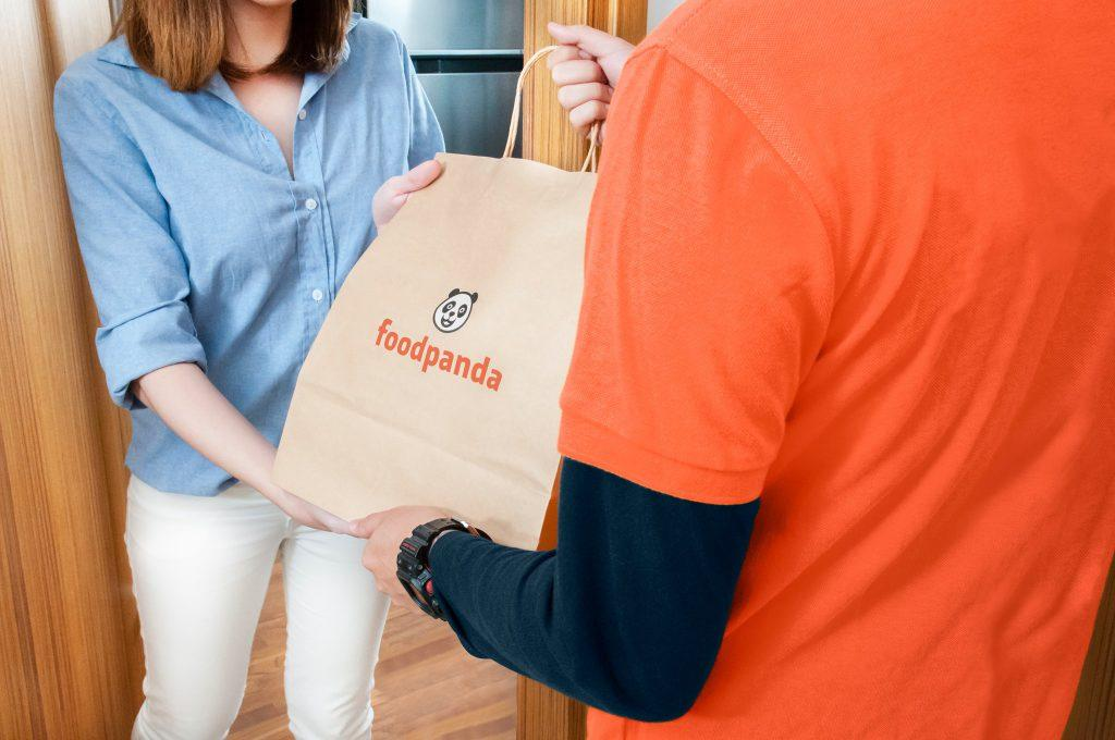 """<div><img width=""""90%""""/></div> <div>Most of us would have heard of the prolific food delivery startup, foodpanda. Established in Malaysia in 2012, even if you haven't used their services before you've probably seen their stickers around at their partner restaurants. It's quite hard to …</div> <p>The post <a rel=""""nofollow"""" rel=""""nofollow"""" href=""""https://vulcanpost.com/600797/foodpanda-malaysia-behind-the-scenes-food-delivery/"""">We Visited foodpanda Malaysia. Conclusion? We NEVER Want To Run A Food Delivery Startup.</a> appeared first on <a rel=""""nofollow"""" rel=""""nofollow"""" href=""""https://vulcanpost.com"""">Vulcan Post</a>.</p>"""