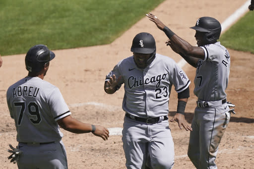 Anderson, Robert lead White Sox past Tigers 7-5
