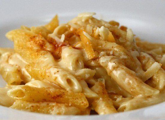 """<strong>Get the <a href=""""http://cookingquest.wordpress.com/2008/11/13/perfect-mac-n-cheese/"""" target=""""_hplink"""">Perfect Mac-n-Cheese recipe</a> from My Cooking Quest</strong>"""