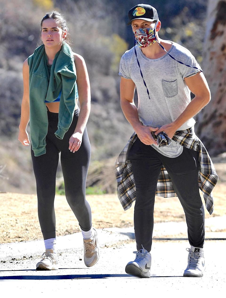 <p><em>Bachelor</em> star Nick Viall and girlfriend Natalie Joy hike up Runyon Canyon on Saturday in L.A.</p>