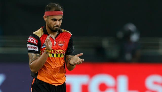 Siddarh Kaul bowled an excellent final over, in which he took two wickets and gave away just four runs as RR were restricted to 164/5. SportzPics