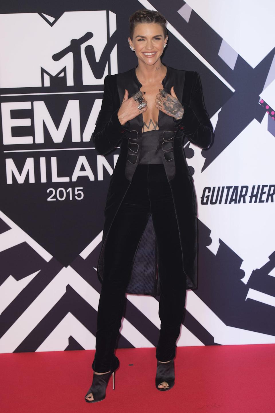<p>Let's talk Ruby Rose in Armani Privé. If there's one thing Law does just as well as a gown, it's a suit.</p>