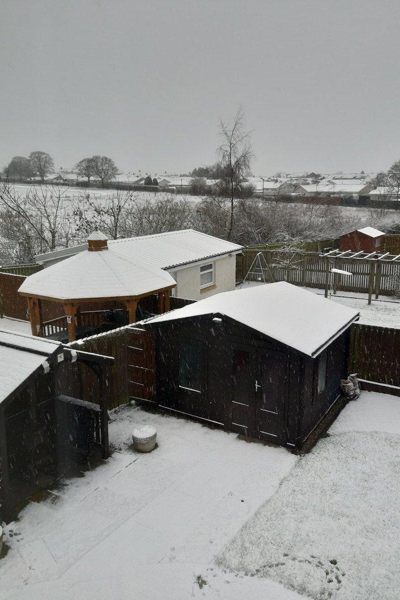 Snowy scenes in South Lanarkshire (Twitter/Jackie McLean)