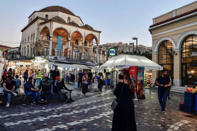 Virus-hit Athens kiosk owners fear for their future