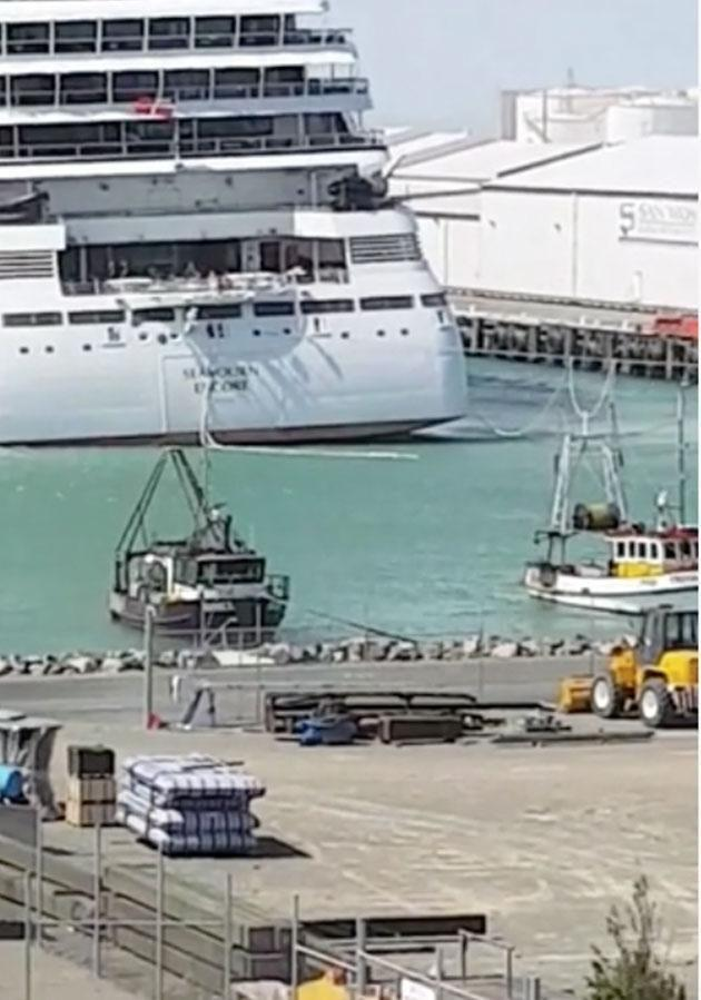 Heavy winds blow the ship away from port and its moorings start to snap. Source: Facebook/Storyful