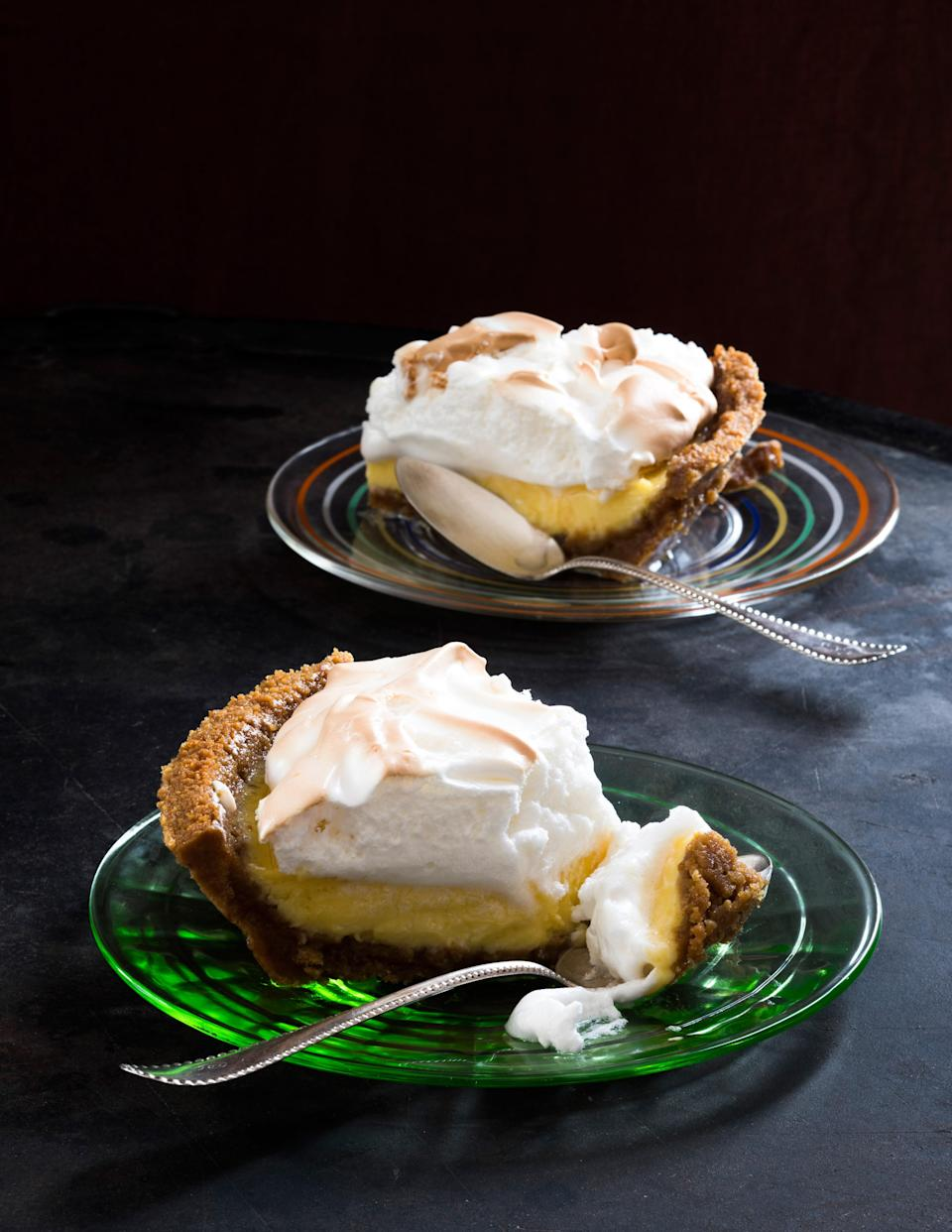 """It looks fancy, but this pie is actually quite easy to make. The graham cracker crust gets filled with a simple mixture of sweetened condensed milk and lemon juice, and it gets topped with a golden-brown crown of meringue. <a href=""""https://www.epicurious.com/recipes/food/views/icebox-lemon-pie-with-meringue?mbid=synd_yahoo_rss"""" rel=""""nofollow noopener"""" target=""""_blank"""" data-ylk=""""slk:See recipe."""" class=""""link rapid-noclick-resp"""">See recipe.</a>"""