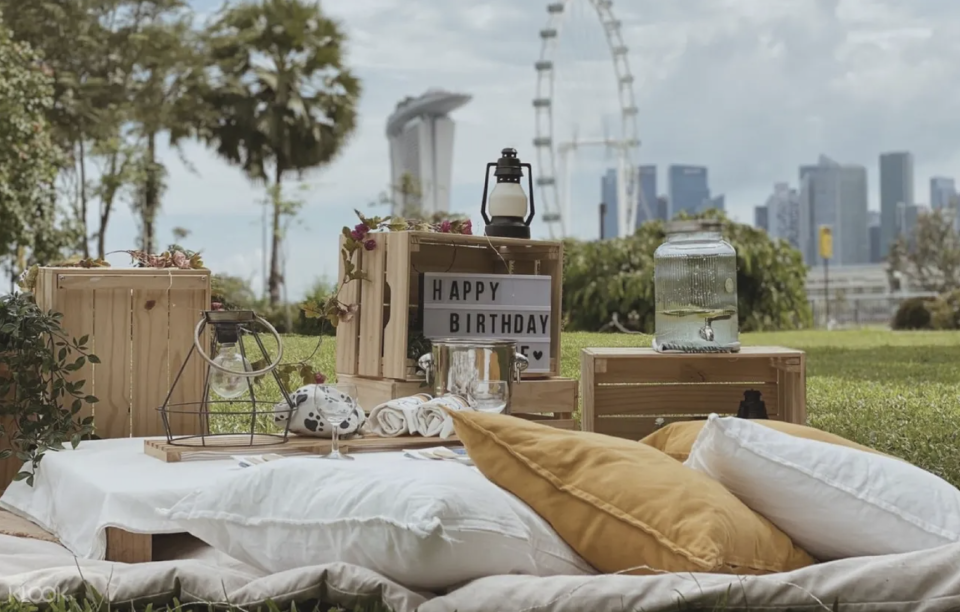 PHOTO: Klook. Instagram Worthy Picnic Rental Sets with Free Set-Up Service