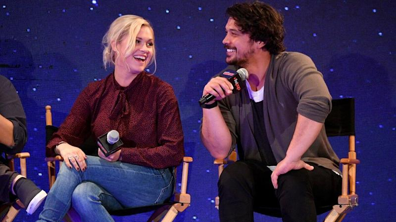 'The 100' Stars Eliza Taylor and Bob Morley Open Up About Secret Wedding and Season 6 Finale (Exclusive)