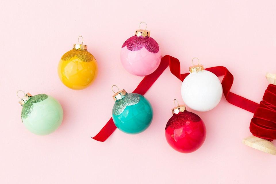 """<p>Before you pull out your box of go-to ornaments from your dusty old attic, you might want to consider making your own this year. Or a few of your own, at the very least! It's an easy way to switch up your holiday decor without having to spend a ton of money, and you'll have fun in the process—family DIY sesh, anyone? From marbleized looks to nature-inspired crafts, we've tracked down a ton of DIY ornaments that'll look stunning on your tree this year.</p><p>If you need even more DIY Christmas ornament inspiration after taking a look at the ones we've gathered, get some ideas from <a href=""""https://www.housebeautiful.com/entertaining/holidays-celebrations/advice/g999/christmas-home-decor-1110/"""" rel=""""nofollow noopener"""" target=""""_blank"""" data-ylk=""""slk:these DIY holiday decorations"""" class=""""link rapid-noclick-resp"""">these DIY holiday decorations</a>. That way, you can make everything match!</p>"""