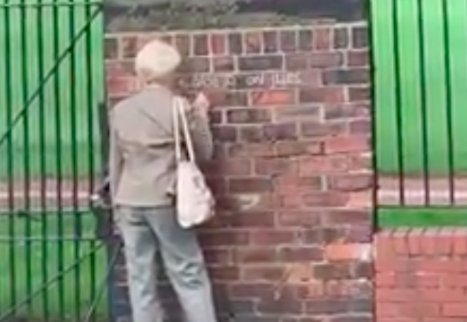 The woman was captured on camera (Picture: Carla Petts/Facebook)
