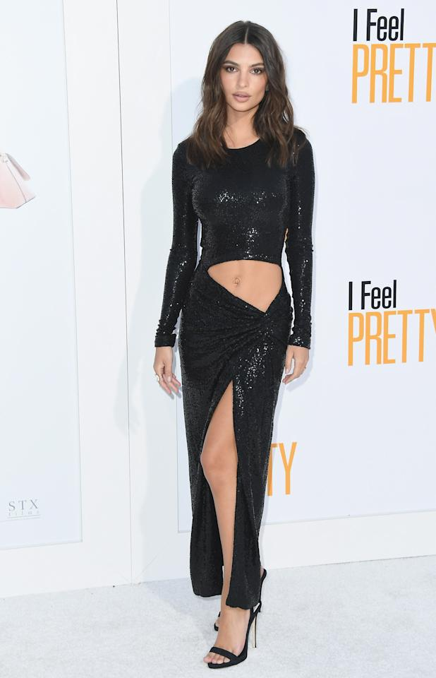 <p>For many, a huge cut-out right on the lower stomach would have them running for the hills – but not Emily. At the 'I Feel Pretty' premiere, of which she stars, the actress braved a cut-out Michael Kors dress with a thigh split. <br />[Photo: Getty] </p>