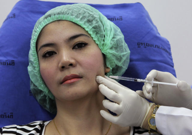 Biases on beauty draw Thais to illegal surgery