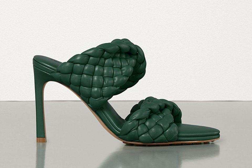 bottega veneta, bottega veneta shoes, spring 2021, spring 2021 trends, mfw, milan fashion week, bottega veneta bv curve