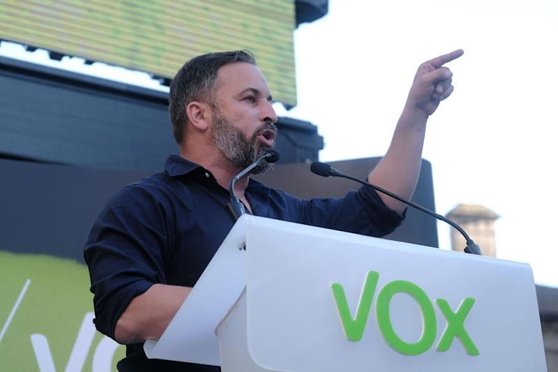 Santiago Abascal en un mitin en Santiago de Compostela el pasado 9 de julio. (Photo: Europa Press News via Getty Images)