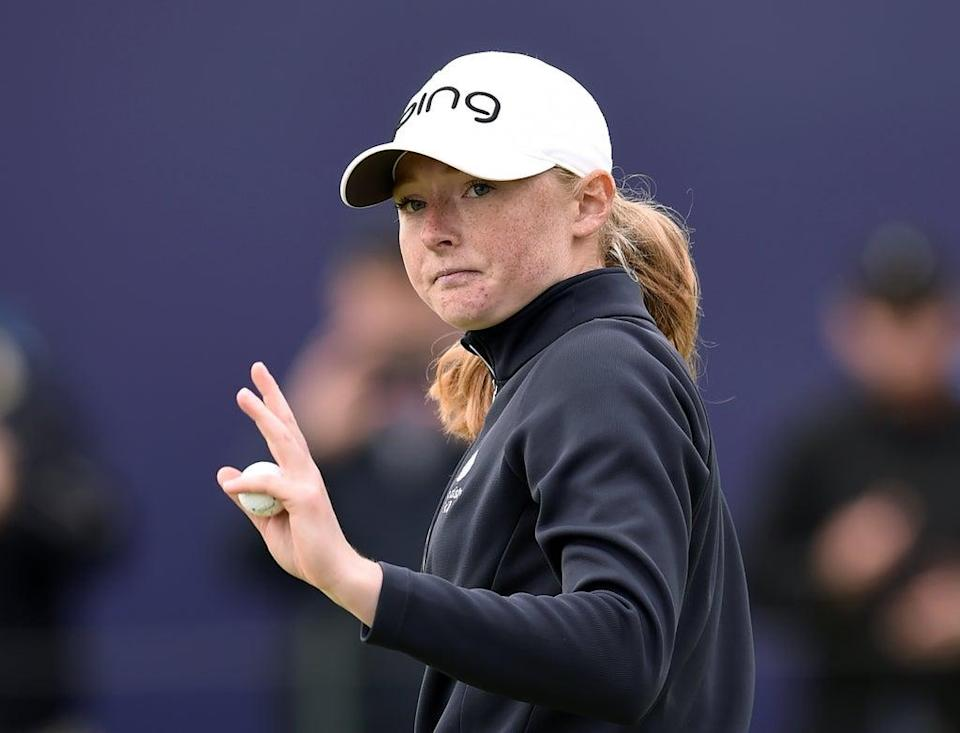 Scotland's Louise Duncan waves to the crowd on the 18th green during day one of the AIG Women's Open at Carnoustie (Ian Rutherford/PA) (PA Wire)