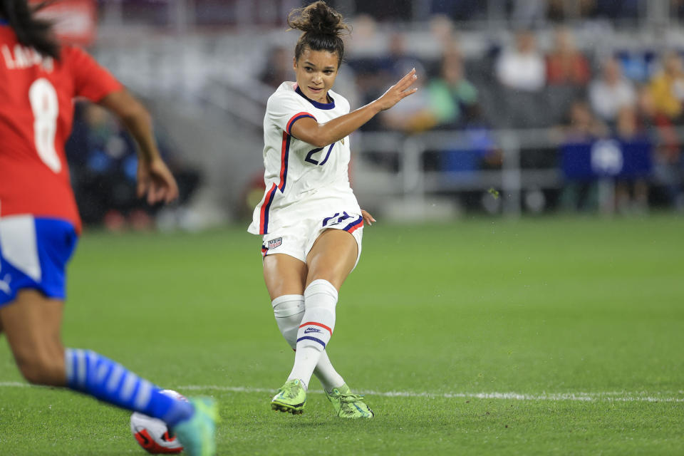 United States forward Sophia Smith (27) scores a goal on a kick during the first half of an international friendly soccer match against Paraguay, Tuesday, Sept. 21, 2021, in Cincinnati. (AP Photo/Aaron Doster)