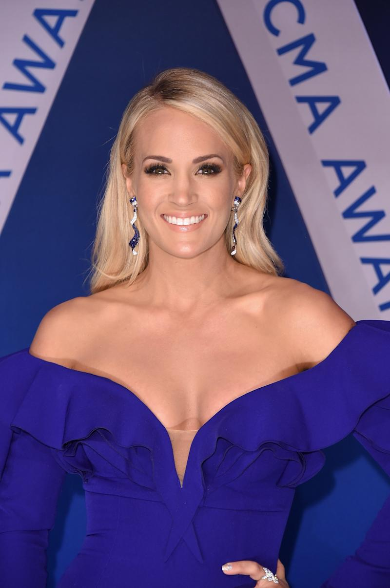 Carrie Underwood Says Her Severe Facial Injury Made Singing Physically Impossible