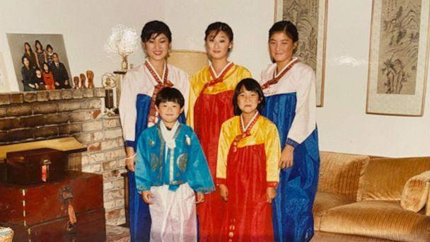 PHOTO: Juju Chang, right, with her siblings in traditional South Korean clothes celebrating a holiday. (Courtesy Juju Chang)