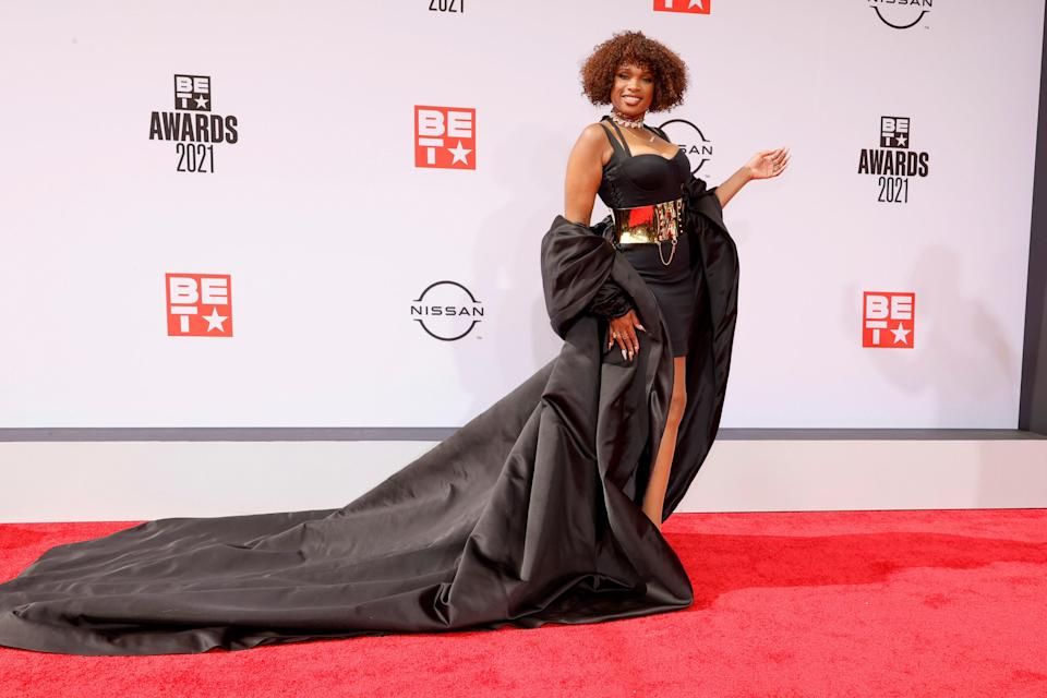 Oscar-winner Jennifer Hudson also chose to have a grandiose red carpet moment courtesy of this long train.