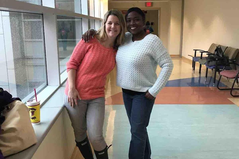 Yoga instructor Christi Nolan, left, donated her kidney to mom Jennen Johnson — a complete stranger — after seeing her desperate Facebook ad. (Photo: Go Fund Me)